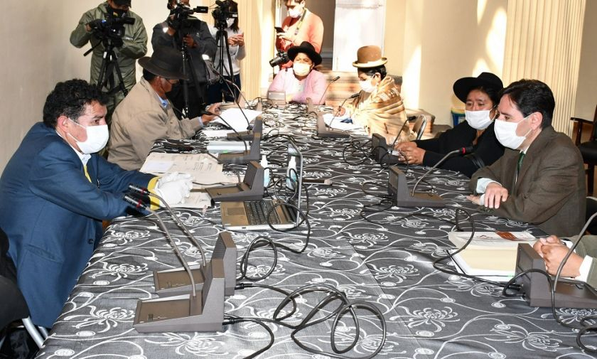 Comisión de Diputados aprueba proyecto de ley para la postergación de elecciones