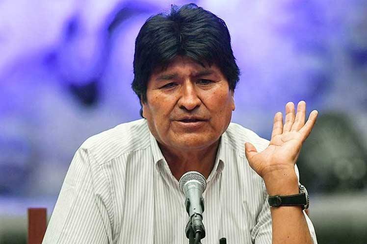 Investigación policial revela que Humérez tuvo llamadas con Morales y Andrónico en el caso respiradores