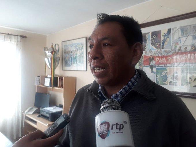 Maestros anuncian movilizaciones en rechazo a las clases virtuales dispuestas por el Ministerio de Educación