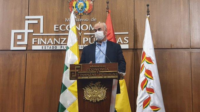 Ministro Parada asegura que se evitó un gasto de $us 6.400.000.000 con la posesión de Añez
