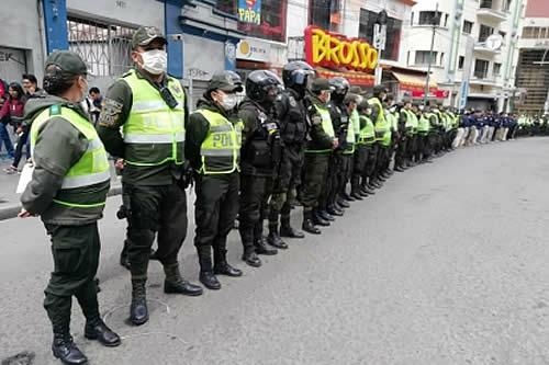 Policía exige a dirigentes que eviten instigar movilizaciones que reúnan gran cantidad de personas