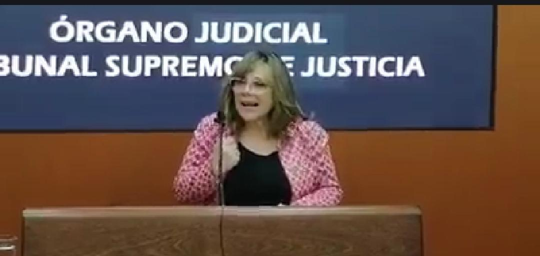 """Presidenta del TSJ anuncia que no renunciará a su cargo pese al """"retiro de confianza"""" de 8 magistrados"""