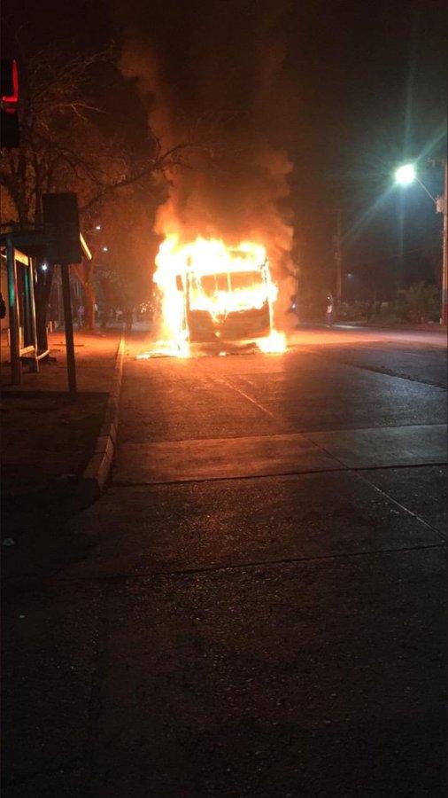 Chile registra protestas e incendios a favor de la ley de retiro anticipado de fondos de AFP