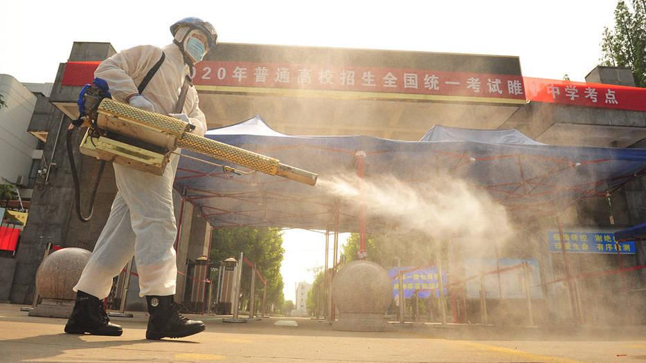China declara alerta tras registrar primer caso de peste bubónica