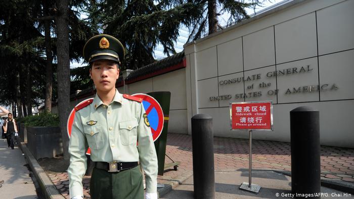 China ordena el cierre del consulado de Estados Unidos en Chengdu