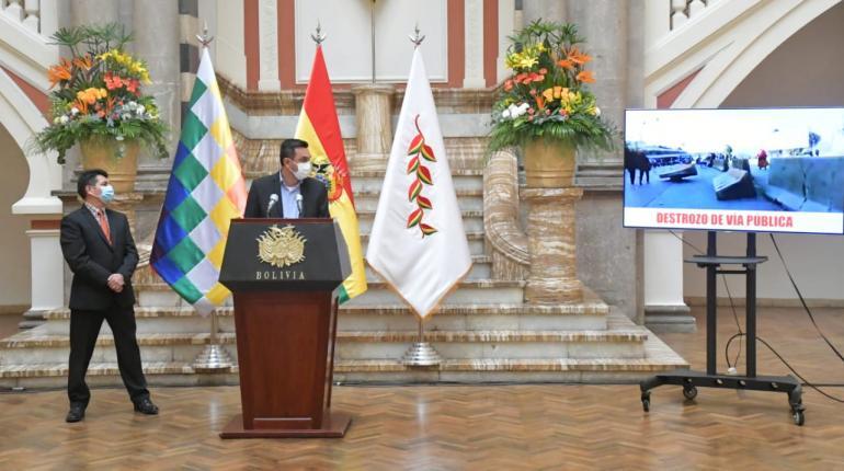 Gobierno presenta demanda penal contra Morales y otros dirigentes del MAS por atentado contra la salud pública
