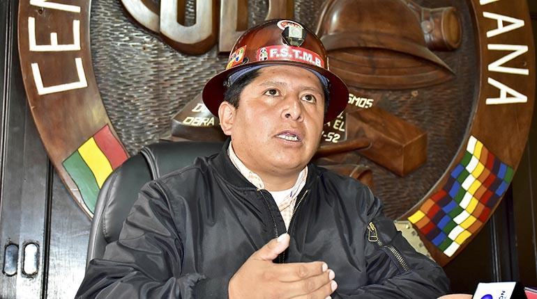 Huarachi asevera que afrontará las denuncias en su contra y ratifica los bloqueos para el 3 de agosto