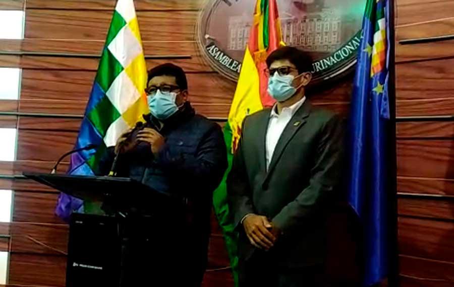 Bancadas llegan a un acuerdo para fijar el 18 de octubre como fecha improrrogable para las elecciones