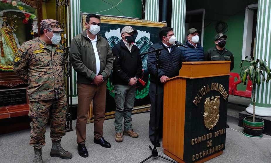 Gobierno advierte que usará a la Policía y FF.AA. para trasladar oxígeno