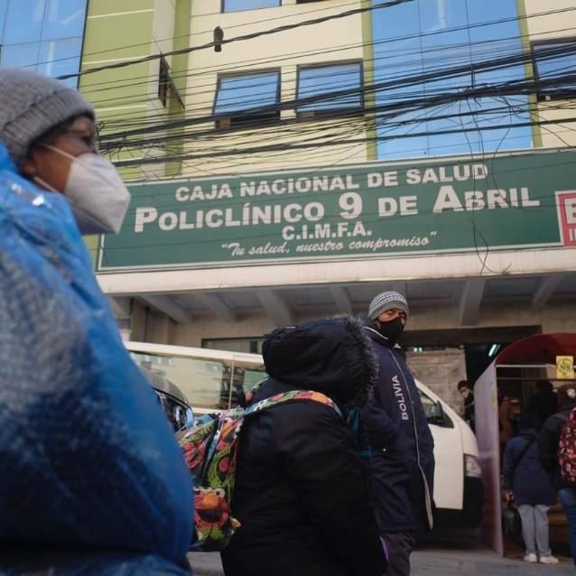 Personal del policlínico 9 de Abril se declara en emergencia por contagio masivo de COVID-19