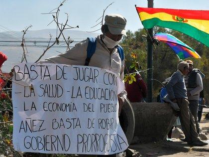 Viceministro Zamora pide a los bloqueadores que dejen sus motivaciones políticas y piensen en la salud de la población