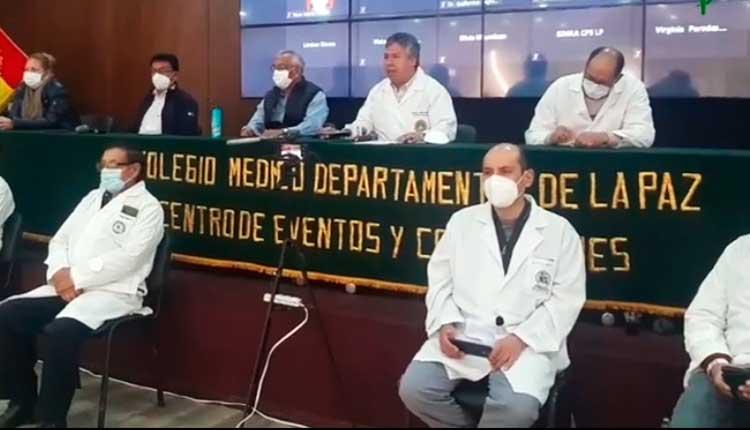 Médicos advierten con paro indefinido en rechazo a un proyecto de ley que permitiría contratar personal extranjero