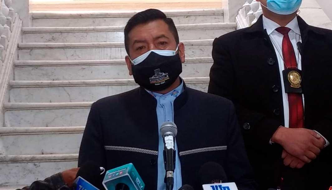"Presidente de Diputados asevera que es ""imposible"" abrogar la Ley de Emergencia Sanitaria"