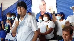 """Evo pide votos para terminar vía por el Tipnis y oposición lo califica como """"un crimen"""""""