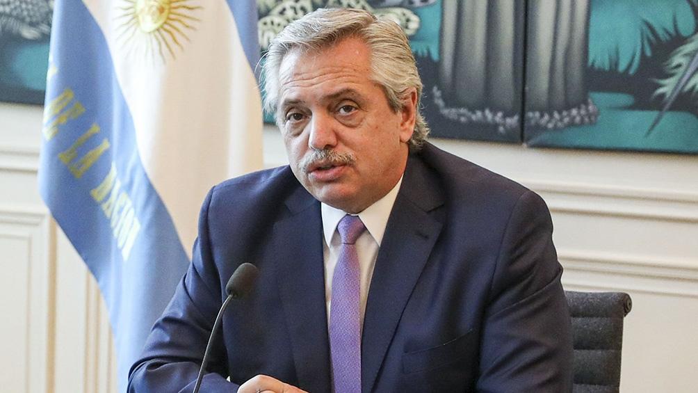 """Alberto Fernández anuncia demanda contra el Gobierno de Mauricio Macri por """"administración fraudulenta"""""""