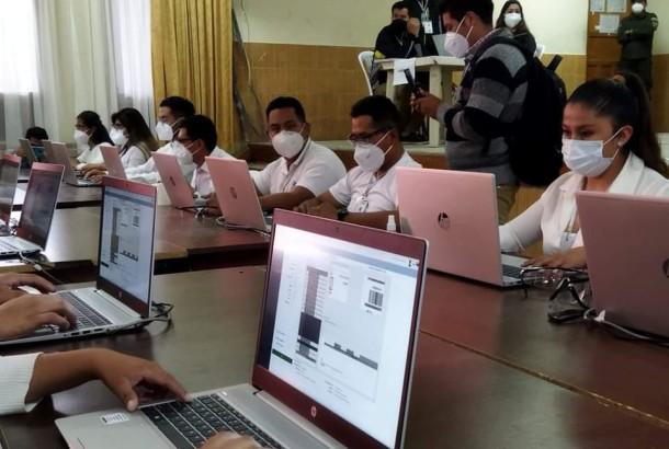 Chuquisaca y Potosí hacen simulacros del cómputo de votos para las elecciones subnacionales