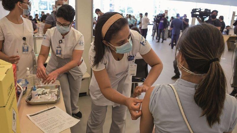 OMS advierte que el exceso de confianza en las vacunas puede traer una nueva ola de contagios
