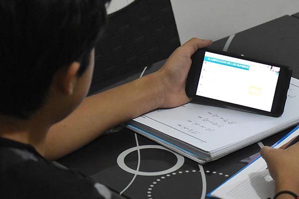 Maestros de Sucre denuncian que no recibieron el material de apoyo para la educación virtual