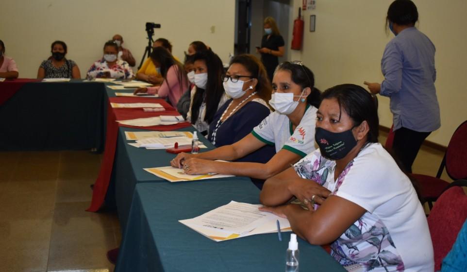 Mujeres indígenas son capacitadas para observación electoral