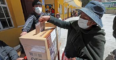 Romero califica las elecciones como tranquilas y con gran participación de votantes