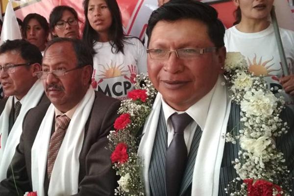 Alcalde electo de Potosí, Jhonny Llally, donará la mitad de su salario para la salud