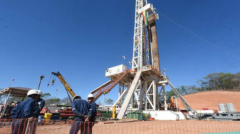 El Gobierno destaca exportaciones de gas, pero los ingresos caen un 3,5%