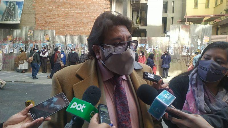 Exprocurador desconoce la compra de gases lacrimógenos con sobreprecio
