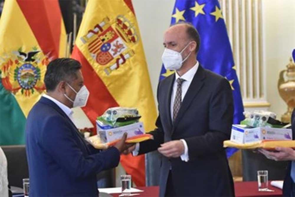 Este miércoles llegarán respiradores, pruebas y medicamentos donados por España