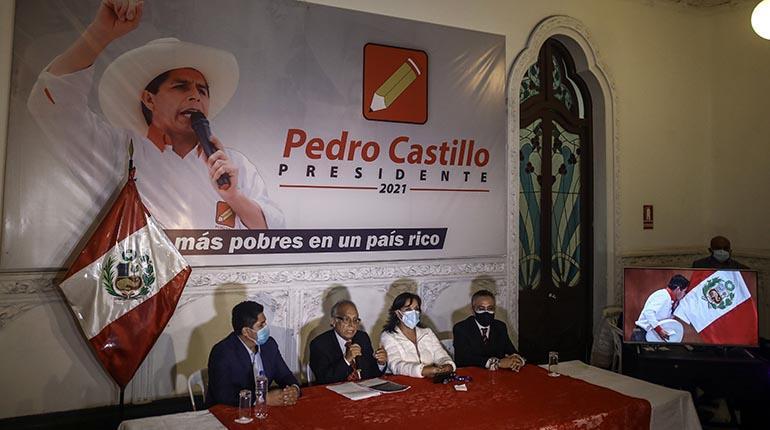 Advierten «amenaza de golpe» ante maniobra del Jurado Electoral de Perú