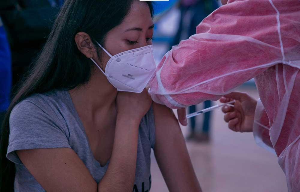 Arce anuncia la compra de 6 millones de vacunas y destaca que los mayores de 18 años serán inmunizados desde este 1 de julio