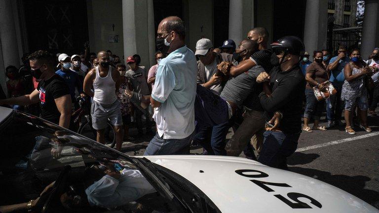 Estiman que alrededor de 5.000 personas fueron detenidas durante las protestas contra el Gobierno de Cuba