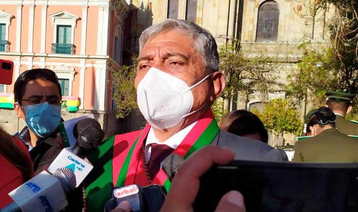 """Arias califica de """"sopapo"""" el sobreseimiento para los acusados de la quema de buses Pumakatari"""
