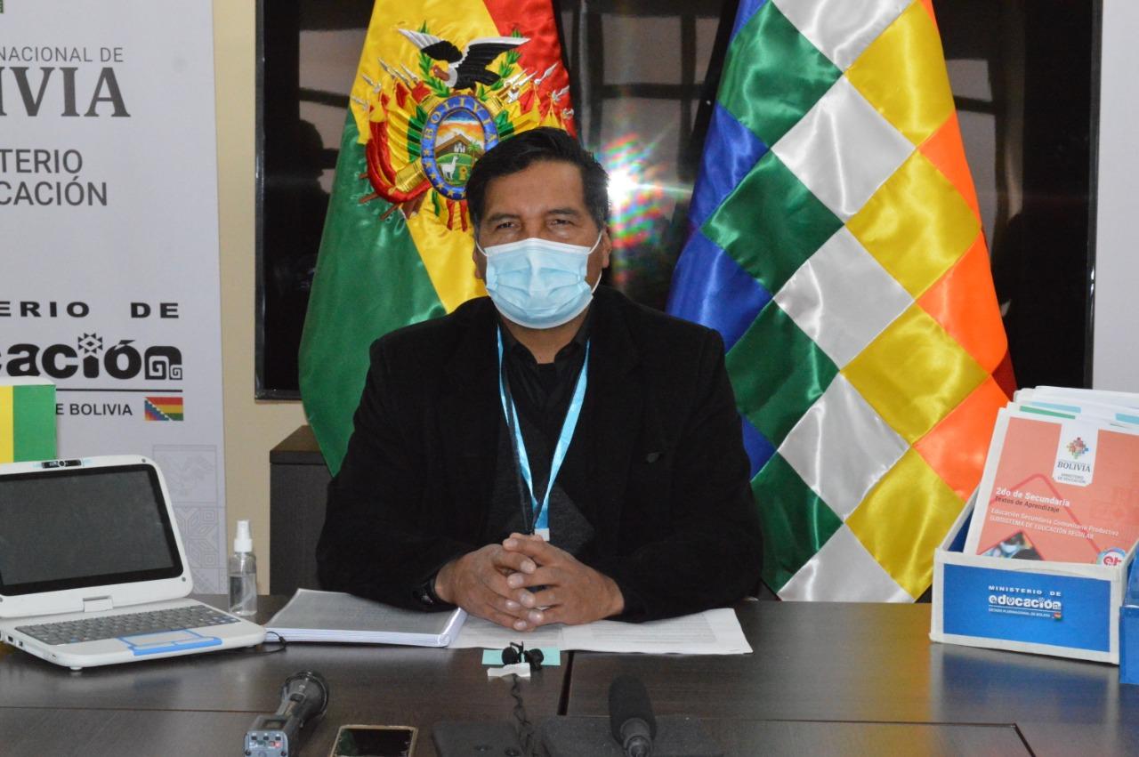 Quelca demanda a la viceministra que lo denunció por presunto tráfico de exámenes
