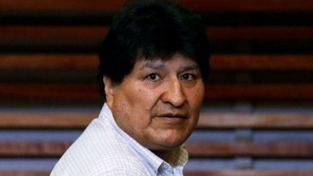 Excomandante asevera que Kaliman sabía de la renuncia de Morales tres horas antes del anuncio público