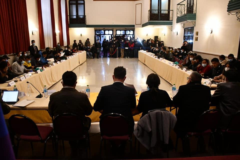Los dos sectores de Adepcoca acuerdan realizar elecciones para determinar la directiva de la institución