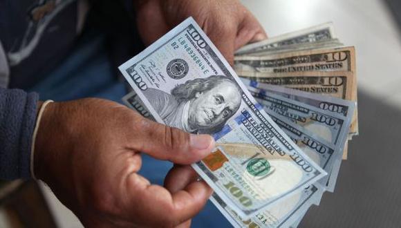 Aprehenden a un venezolano, un español y dos bolivianos por poseer 63.000 dólares falsificados