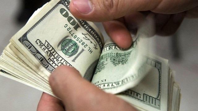 """Usan """"el cuento del tío"""" para estafar 50 mil dólares a una anciana"""