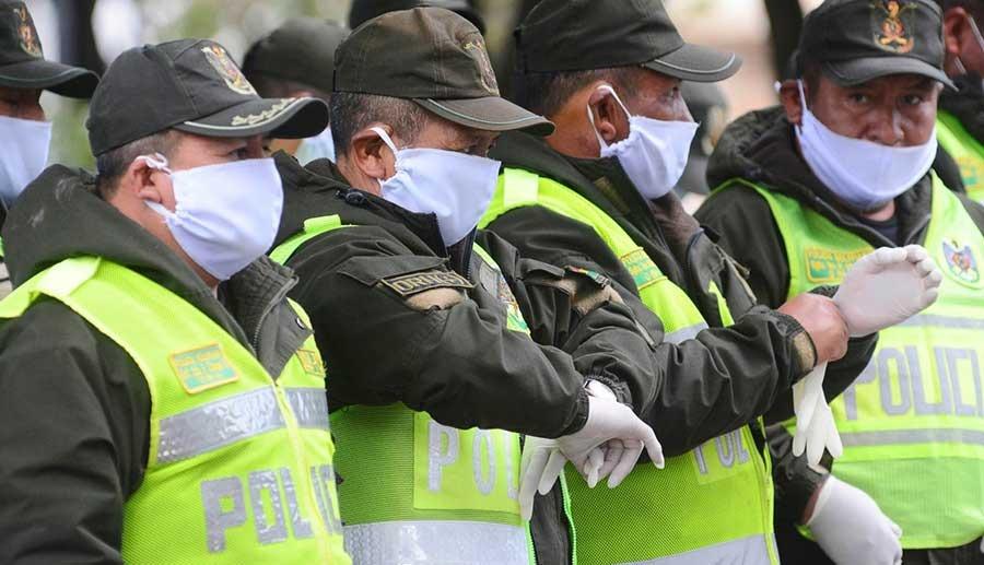 Con 50% de efectivos inmunizados, la Policía de La Paz celebra su aniversario 191