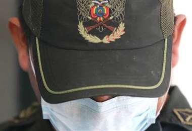 Envían a Chonchocoro al Teniente de la policía acusado de golpear a su familia
