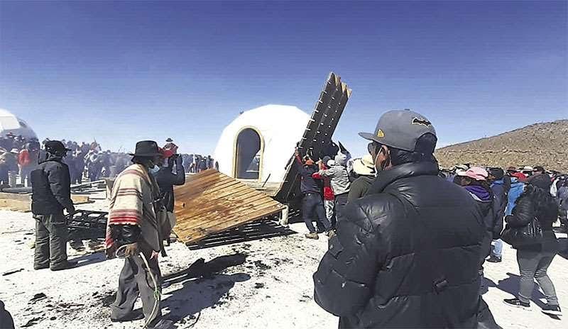 Empresarios extranjeros analizan abandonar el proyecto de domos en Uyuni
