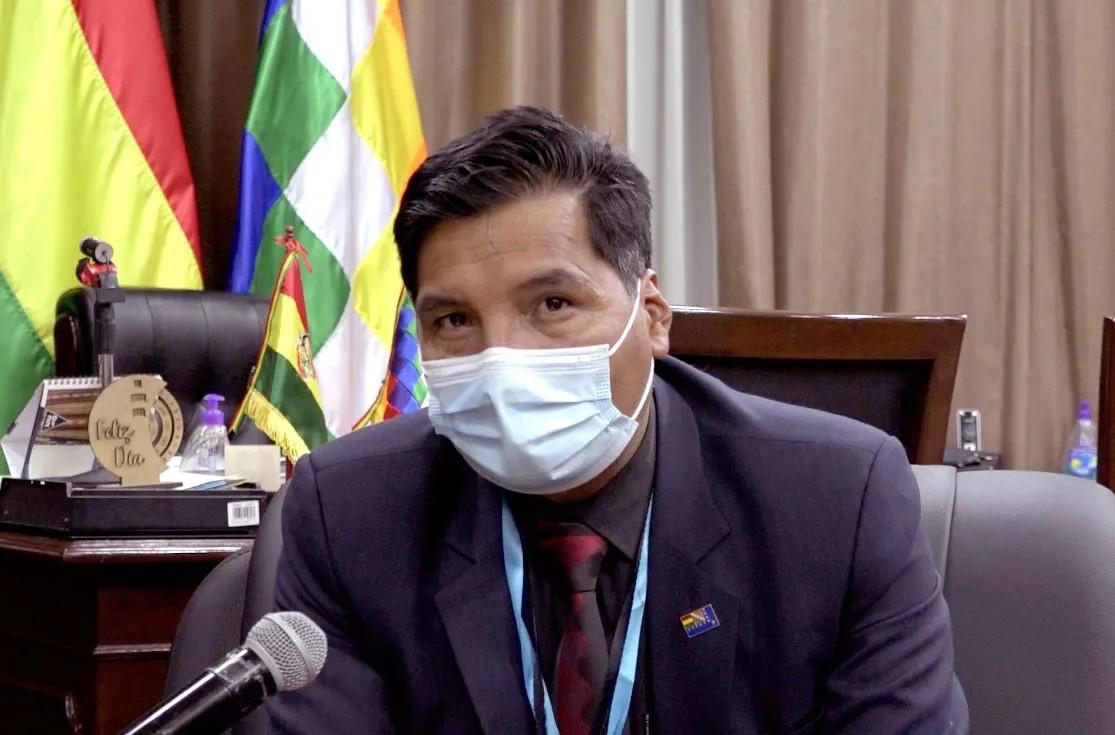 Profesores de Sucre se suman al pedido de destituir al ministro Quelca
