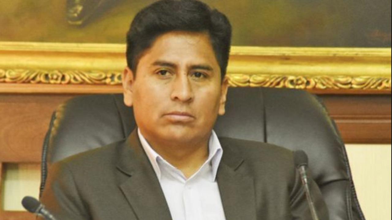 """Concejal del MAS, acusado de acudir """"ebrio"""" a una sesión, presenta querella por difamación"""