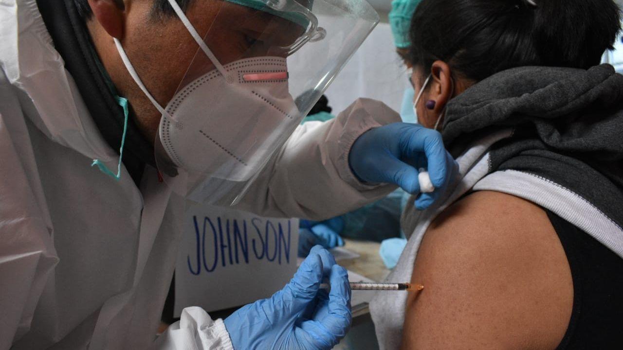 Alcaldía de El Alto logró vacunar a cuarta parte de la población prevista