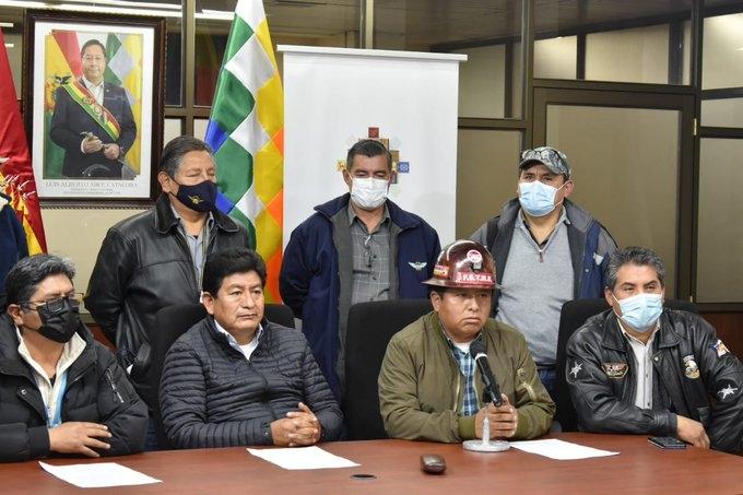Trabajadores de Aasana firman acuerdo con el Gobierno para suspender su paro nacional
