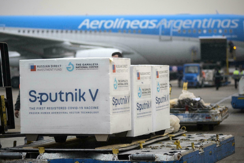 Equipo de Sputnik V asevera que este mes resolverán los retrasos de las segundas dosis del fármaco