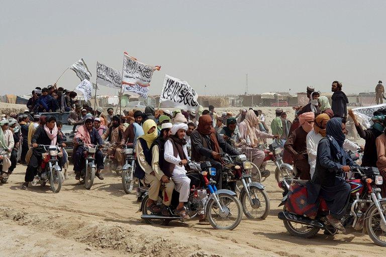 Talibanes ejecutaron a 900 personas durante su ataque para retomar el control de Afganistán