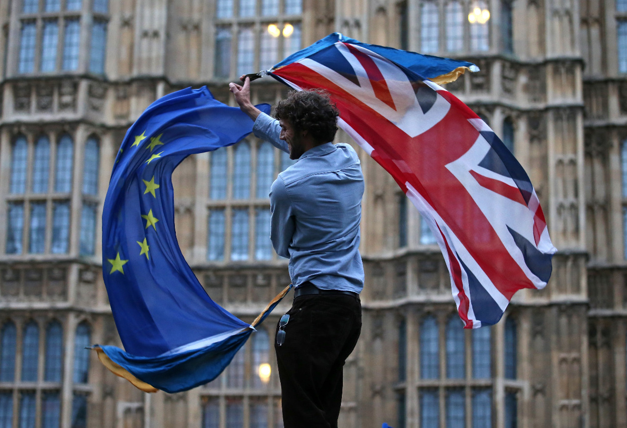 ONG denuncia que Gobierno británico está deteniendo a solicitantes europeos del estatus de residencia