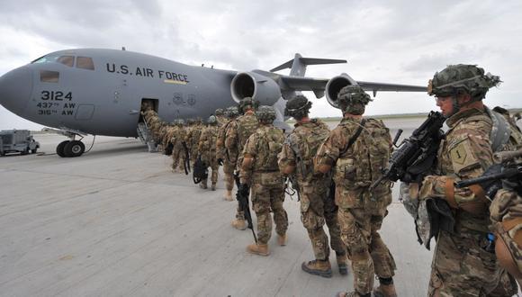 Estados Unidos se retira de Afganistán y deja el país en manos de los Talibanes