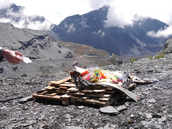 Una pareja pierde la vida luego de challar en la Cumbre y precipitarse desde un barranco