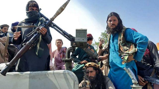 """Talibanes comenzaron """"la caza de colaboradores"""" en las principales ciudades de Afganistán"""